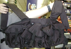 7 Pocket Chest Rig Vest-Black