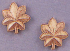 Major Oak Leaves Gold Pin On Rank